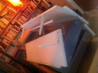 4 white ikea shelves