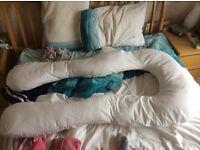 Full length pregnancy pillow