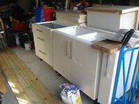 Kitchen base units - readvertised due to time waster.
