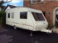 Excellent condition lightweight 5 berth (01) caravan for sale