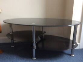 New York style black/glass coffee table