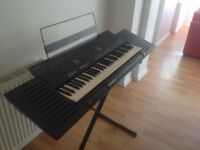Electric keyboard Excellent condition