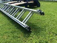 Double extension ladder, used and in very good condition no dents or bent rungs,