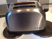 Russell Hobbs - 2 Slice silver Futura Toaster 18780 - fairly good condition