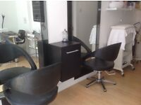 Chair to rent in Hair Salon