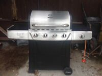 Uniflame gas barbecue including gas bottle and gas