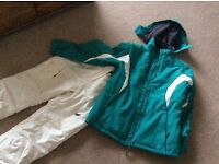 Ladies Ski Clothing