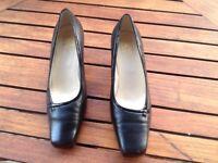 Black K shoe size 6 1/2 wide fitting