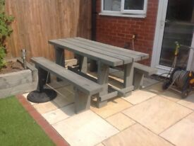 Solid wooden garden table with 2 bench