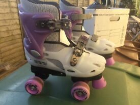 Adjustable Energy Flex Roller Skates size 2,3,4
