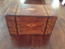Walnut caddy/box inlaid with Tunbridge ware