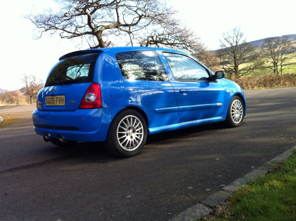 renault clio 182 in gordini racing blue with factory stripes in alva clackmannanshire gumtree. Black Bedroom Furniture Sets. Home Design Ideas