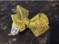 Brand new jojo bow mini gold limited edition