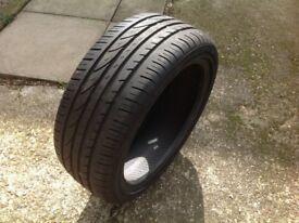 Tyre 195/45 R16 84V