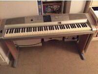 YAMAHA DGX 505 PORTABLE PIANO