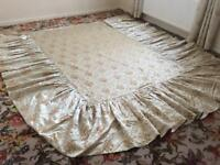 Vintage/retro 1970s bedspread