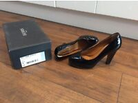 Size 6 1/2 Hobbs Black 4inch Heel Shoes with original box