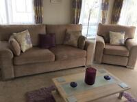 Lovely immaculate 3 piece suite with double sofa bed to the 2seater sofa, only a few months ol
