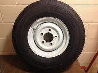 set of 4 land rover steel wheels with nearly new tyres