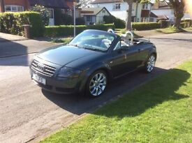 AUDI TT ROADSTER CONVERTIBLE 2004 JUST SERVICED - EXCELLENT ALL ROUND