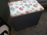 Lloyd loom box,seat