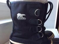 winter boots size 5.5 Sorel
