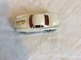 Corgi model car - The Saint -Volvo p.1800 in very good condition