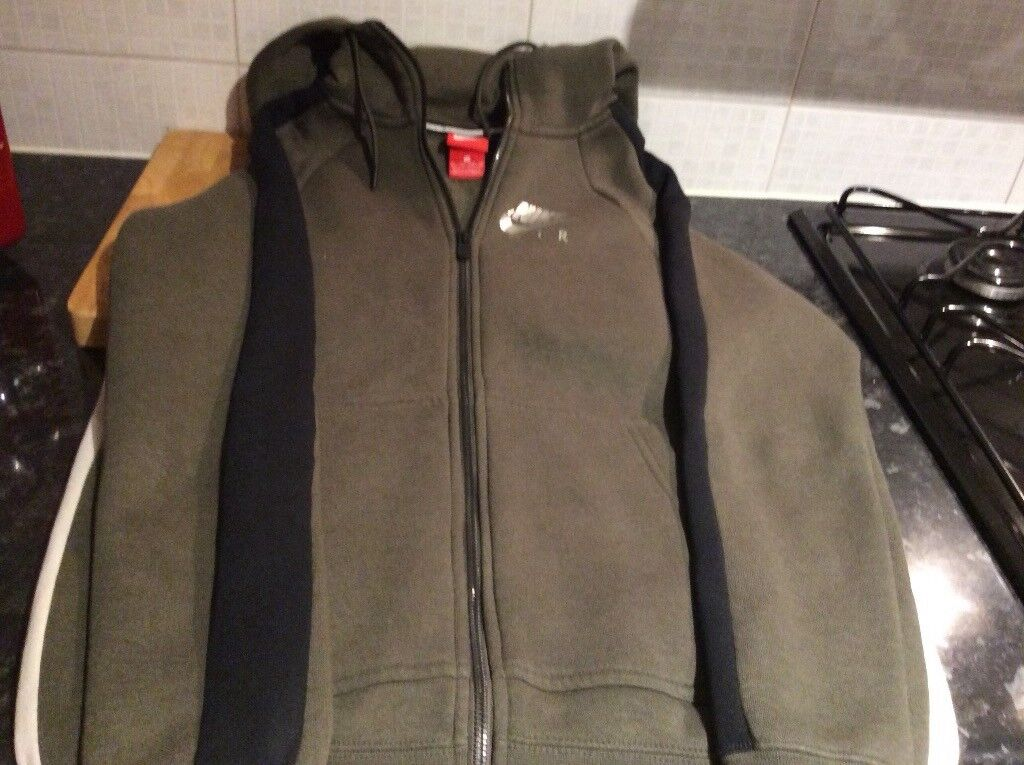ee3684736e62 Nike khaki hoodie age 14years