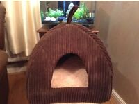 Cat/dog bed dome new