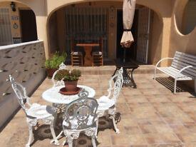 SPAIN Lovely holiday casa EiCampello Alicante 2 bed 1 bath washroom balconies terrace WI-FI Parking