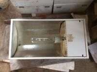 Garage / Workshop Lighting - 13 Low Bay Fittings