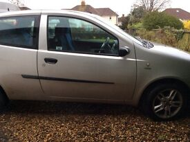 Fiat punto active sport 1 lady owner very low mileage