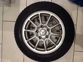"""Set of Wolfrace Alloy Wheels 15"""" J7.£75"""