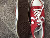 Red converse size 6 only wore a couple of times