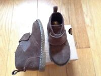 Timberland (toddler) boys boots - size 6