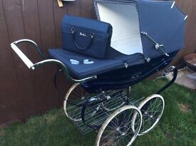 Vintage silver cross navy balmoral Pram With mattress shopping tray bag & hooks west hull viewin