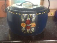 Hand painted 4 gallon antique cauldron