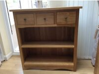 Oak bookcase, excellent condition, only 8 months old. 90cnx x 90 c s x29 cms