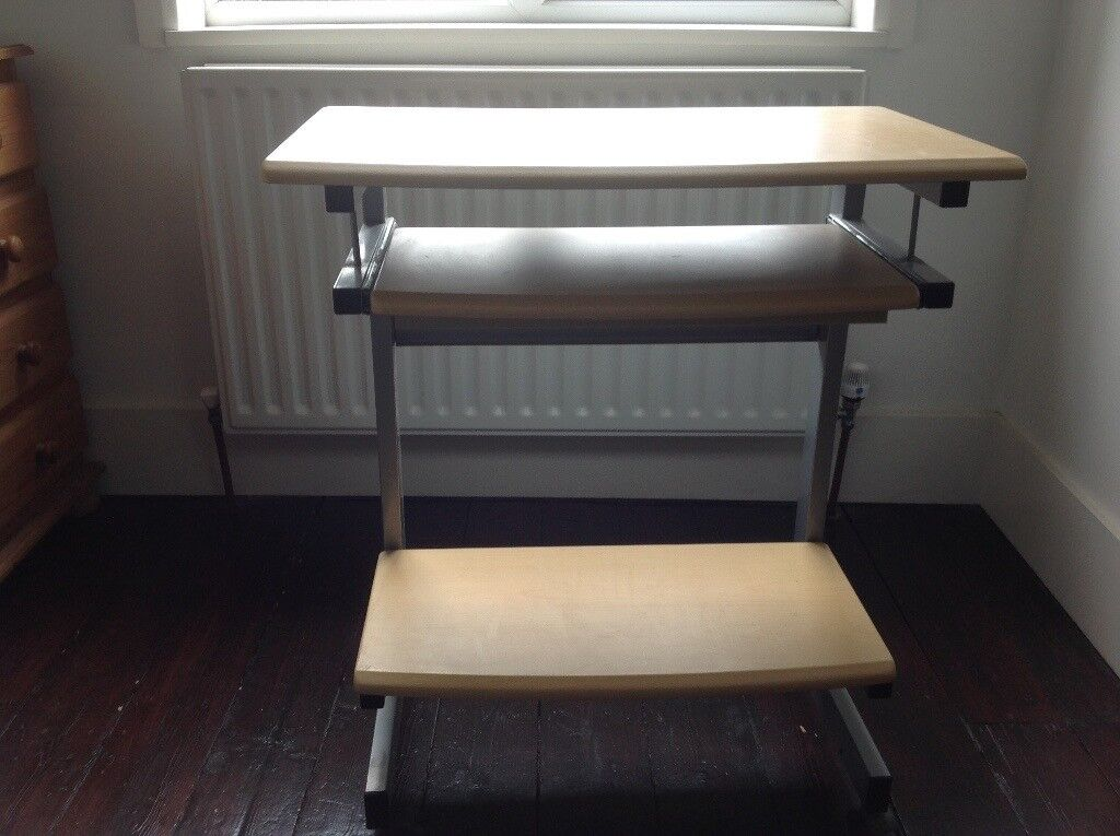 Small Computer Workstation Desk Table With Pull Out Shelf And Printer