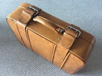 Vintage Retro Brown Leather Suitcase / Luggage with key Excellent Condition