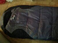 VANGO NITESTAR 350 MUMMY SHAPED SLEEPING BAG. EXCELLENT CONDITION.