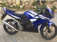 Honda CBR 125r top condition 12 months MOT with paddock stand