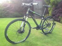 Trek Elite Hardtail Mountain Bike - Excellent condition. See photos for full spec and details