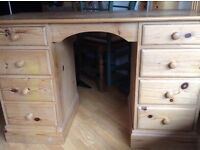 Solid pine desk/dressing table, 8 drawers (4 each side) in need of TLC. Ideal as a paint project.
