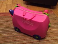 Pink trunki ride on suitcase