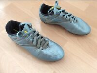 Adidas Messi football boot size 5
