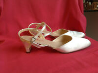"Wedding shoes, Vikki by Rainbow Club, Ivory Satin sling-back, 2"" heel, size 7"