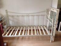 Torino cream metal day bed