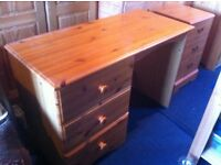 Pine dressing table with three drawers