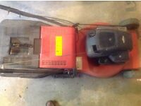 Lawn mower Electrolux self propelled petrol 18""